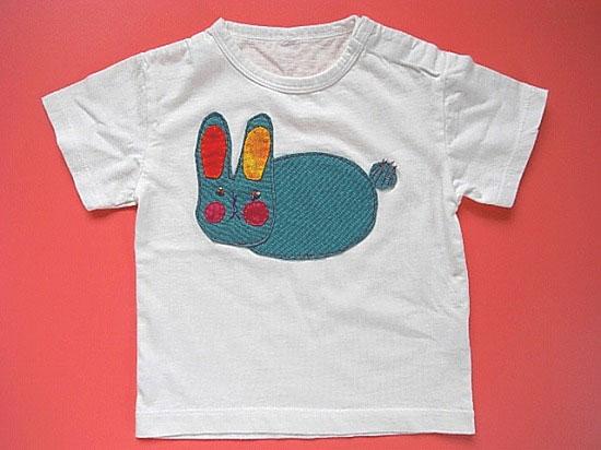 うさぎのTシャツ
