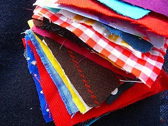 色鮮やかな布